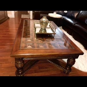 Bob S Discount Furniture Store Other Cherry Brown Coffee Table With Glass Top Poshmark